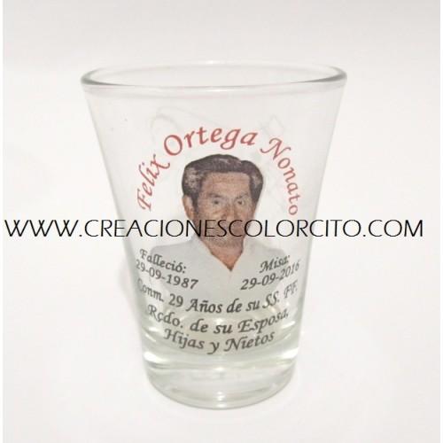 Recuerdos misa de honras - vasitos grabados